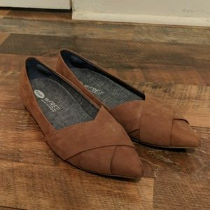 Dr. Scholl's | Brown Pointed Flats w/ Gel Inserts